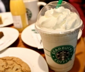 banana-cream-pie-frappuccino1